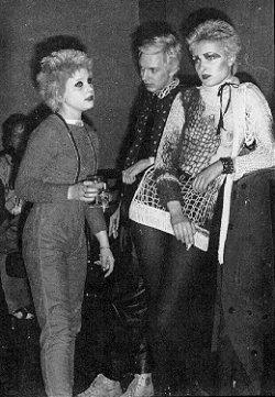 Debbie Wilson, Steve Havoc, Siouxsie Sioux