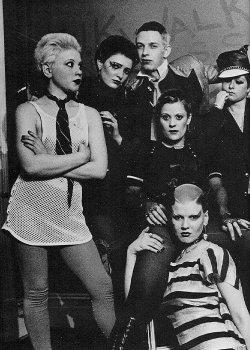 Debbie Wilson, Siouxsie Sioux, Steve Havoc, Simone Thomas, Sue Catwoman, Sharon Hayman